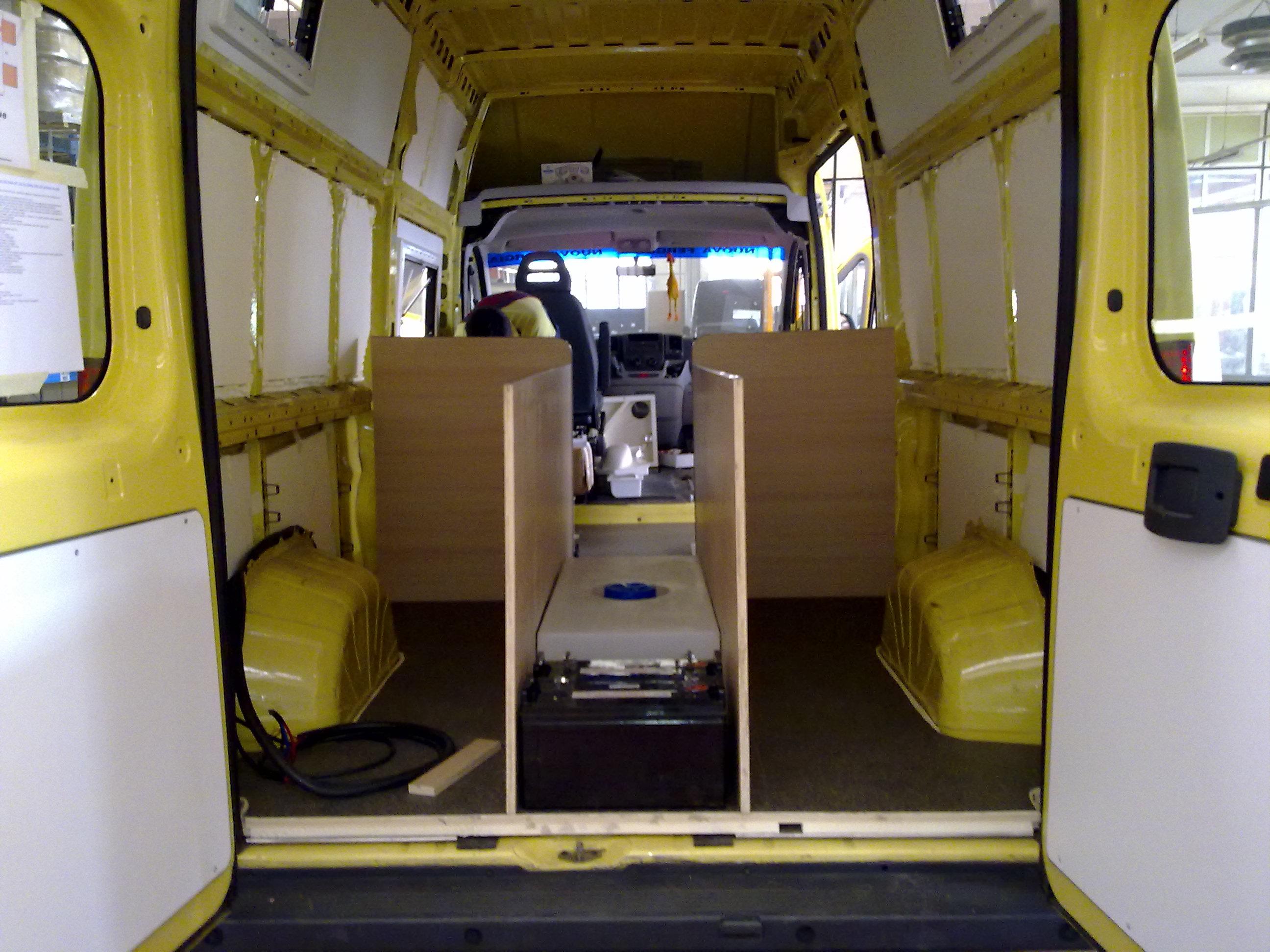 Mes italia il furgonato camperizzato pagina 2 i for Allestimento furgoni fai da te